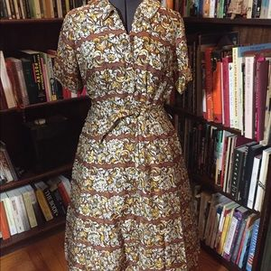 Vintage late 40s or early 50s dress autumn colors